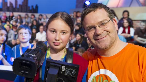 Elton mit Kamerakind Anna-Lena aus Straelen/Deutschland | Rechte: ZDF/Ralf Wilschewski
