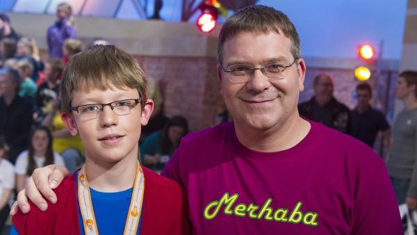 Elton und Kamerakind Fabian aus Homburg. | Rechte: ZDF/Ralf Wilschewski