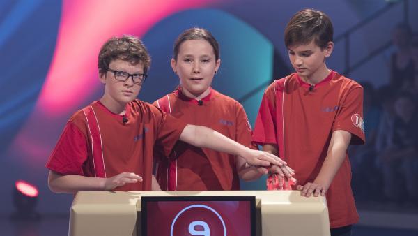 Die Kandidaten aus Brest/Frankreich wollen ihr Punktekonto ausbauen. | Rechte: ZDF/Ralf Wilschewski