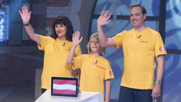 Für Österreich geht Familie Stürmer aus Wien mit Sohn Maximilian, Oma Doris und Onkel Gernot an den Start.   Rechte: ZDF/Ralf Wilschewski