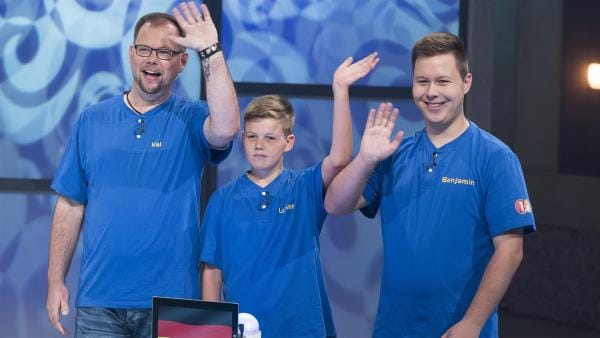 Für Deutschland geht Familie Pritschow aus Meinerzhagen mit Cousin Benjamin, Sohn Lukas und Papa Kai ins Rennen.   Rechte: ZDF/Ralf Wilschewski