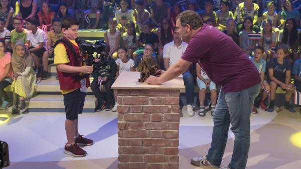 Kamerakind Andreas aus Semmering/Österreich hat bei Elton ein passendes Motiv zum Filmen gefunden. | Rechte: ZDF/Ralf Wilschewski