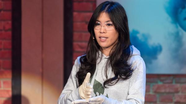Warum schmeckt Saures überhaupt sauer? Die YouTuberin und Chemikerin Dr. Mai Thi Nguyen-Kim erklärt es uns.   Rechte: ZDF/Ralf Wilschewski