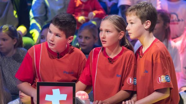 Die Kandidaten aus Egg/Schweiz wollen heute den Tagessieg einheimsen.         Rechte: ZDF/Ralf Wilschewski