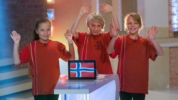 Die Kandidaten aus Oslo/Norwegen freuen sich auf die Sendung.       | Rechte: ZDF/Ralf Wilschewski