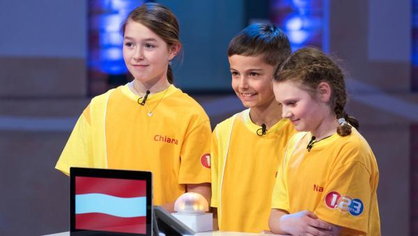 Die Kandidaten aus Lustenau/Österreich strengen sich heute besonders an, um den Tagessieg einzutüten. | Rechte: ZDF/Ralf Wilschewski