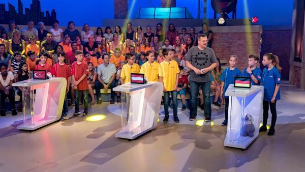 """Auch heute vermittelt """"1, 2 oder 3"""" wieder Wissen auf spielerische Weise.   Rechte: ZDF/Ralf Wilschewski"""