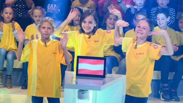 Die Kandidaten aus Gmunden/Österreich freuen sich auf die Sendung. | Rechte: ZDF/Ralf Wilschewski