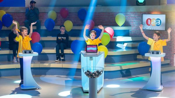 Die Kandidaten aus Wien/Österreich freuen sich auf die Sendung. | Rechte: ZDF/Ralf Wilschewski