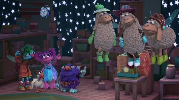 Es ist Zeit für den Mittagsschlaf. Abby kann aber nicht einschlafen. Frau Funkelnase schlägt ihr vor, Schäfchen zu zählen. Aber Abby kann sich die Schafe nicht vorstellen, deshalb zaubert sie sich welche herbei.   Rechte: KiKA/Sesame Workshop/SpeakeasyFX