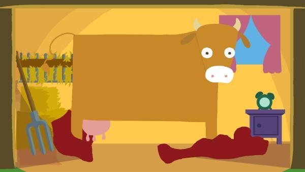 Die Kuh fragt sich, wo ihre Flecken geblieben sind. | Rechte: KiKA/SWR/Film Bilder/Julia Ocker