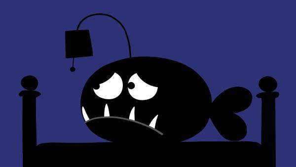 Im Dunkeln gruselt sich der kleine Anglerfisch. | Rechte: KiKA/SWR/Film Bilder/Julia Ocker