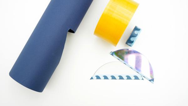 Überklebe die scharfen Kanten der Spiegel-Stücke  mit Kreppklebeband, so dass du dich später nicht verletzen kannst. | Rechte: KiKA