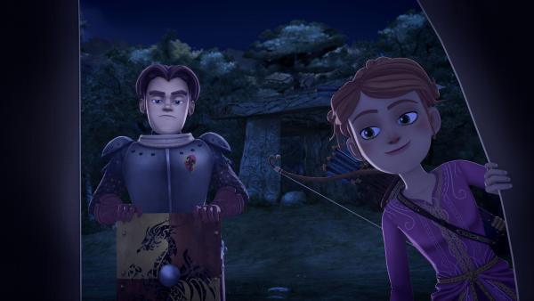 Guinevere und Gawain verbringen die Nacht im Wald, um hinter das Geheimnis der raunenden Steine zu kommen. | Rechte: SWR/Blue Spirit Productions/TéléTOON+/Canal+