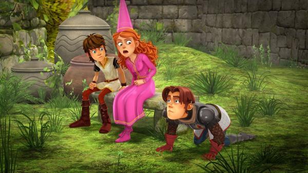 Arthur und Guinevere wundern sich: Gawain verhält sich irgendwie seltsam.   Rechte: SWR/Blue Spirit Productions/TéléTOON+/Canal+