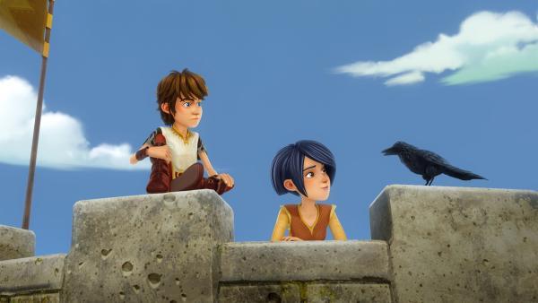 In Gestalt einer Krähe gibt Zauberer Merlin Arthur und Morgan einen weisen Rat. | Rechte: SWR/Blue Spirit Productions/TéléTOON+/Canal+