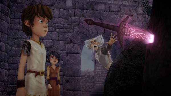 Ein vergifteter Dolch steckt in Merlins Zauberbaum. | Rechte: SWR/Blue Spirit Productions/TéléTOON+/Canal+