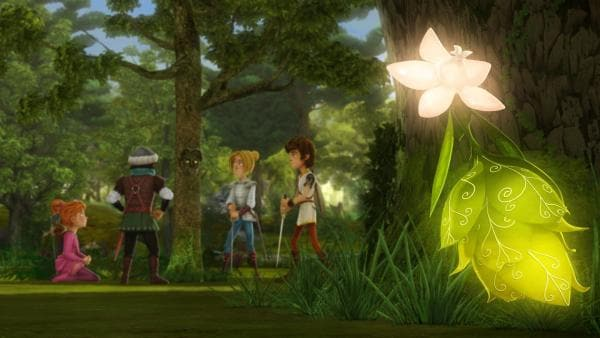 Die Fee des Zauberwaldes beobachtet die Freunde der Tafelrunde.   Rechte: SWR/Blue Spirit Productions/TéléTOON+/Canal+