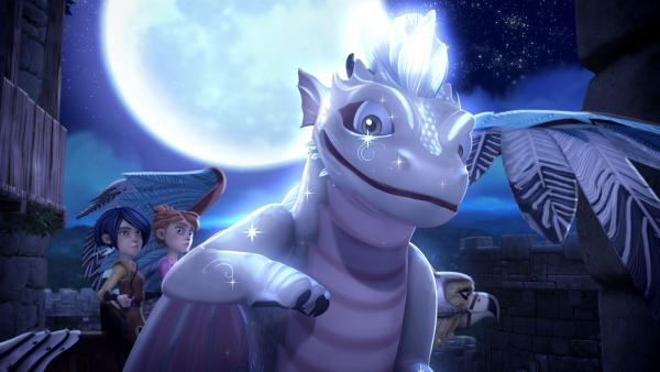 Auf Schloss Camelot ist plötzlich ein niedlicher Monddrache aufgetaucht. | Rechte: SWR/Blue Spirit Productions/TéléTOON+/Canal+