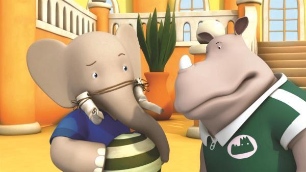 Ungeduldig endlich ein erwachsener Elefant zu werden, versucht Badou mit Salben, Zaubertränken und abenteuerlichen Ideen seine Stoßzähne zum Wachsen zu bringen. | Rechte: KiKA/Nelvana Limited/TeamTO/YTV Productions