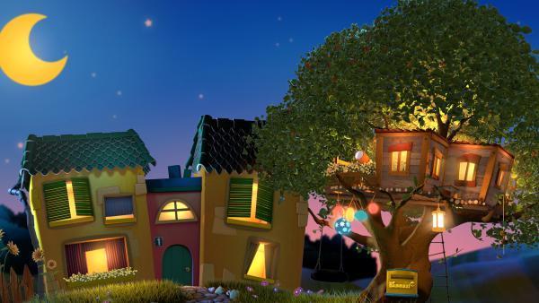 Das Gute-Nacht-Haus (links) mit dem Baumhaus (rechts). | Rechte: KiKA/Promotion&Design