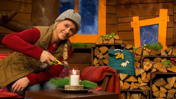 Singa erklärt die Wintersonnenwende. | Rechte: KiKA/Lea Klebba