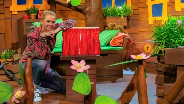 Singa erzählt von einem Theaterbesuch. | Rechte: KiKA/Dorit Jackermeier