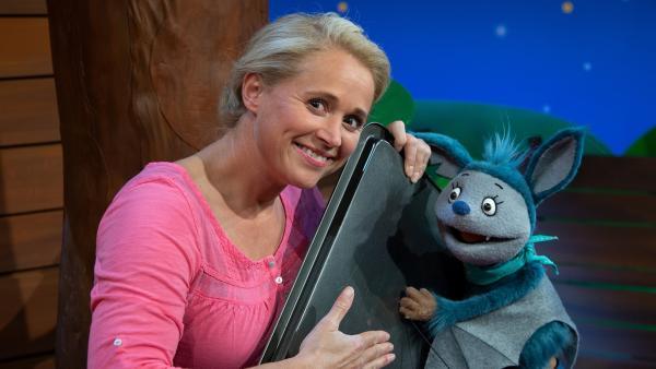 Singa und Fidi machen Krach. | Rechte: KiKA/Josefine Liesfeld