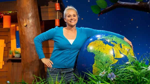 Singa feiert den Weltkindertag. | Rechte: KiKA/Josefine Liesfeld