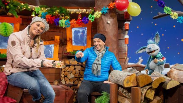 Juri, Singa und Fidi wünschen ein frohes neues Jahr. | Rechte: KiKA/Josefine Liesfeld