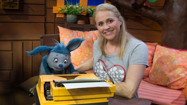 Singa, Fidi und die Schreibmaschine | Rechte: KiKA/Josefine Liesfeld