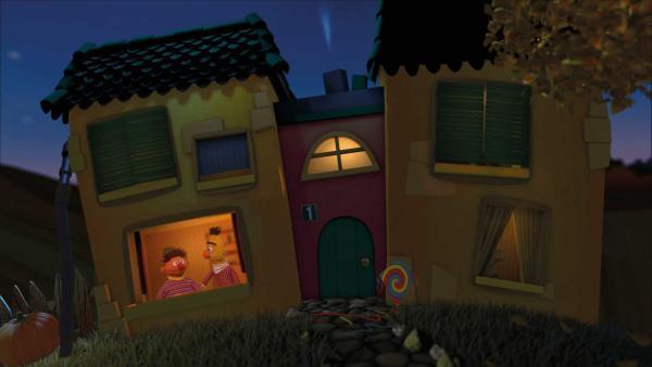 Ernie und Bert wünschen eine Gute-Nacht aus dem Gute-Nacht-Haus. | Rechte: KiKA