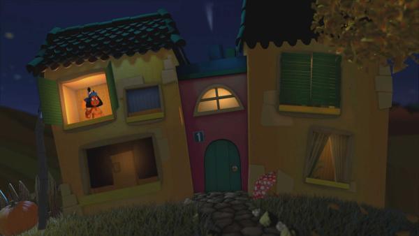 Yakari winkt aus dem oberen Fenster vom Gute-Nacht-Haus. | Rechte: KiKA