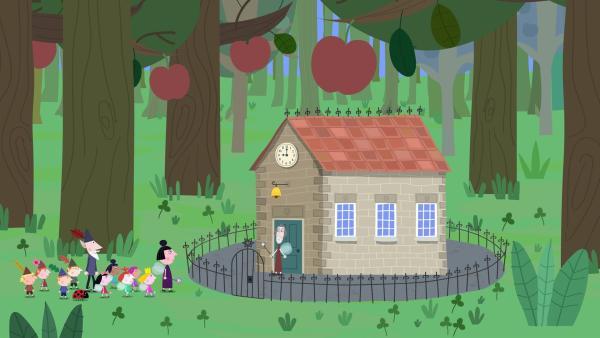 Die Elfen und Feen sind sehr gespannt was sie in Mrs Higs Zauberschule erwartet. | Rechte: ZDF/Astley Baker Davies Ltd/Rubber Duck Entertainment