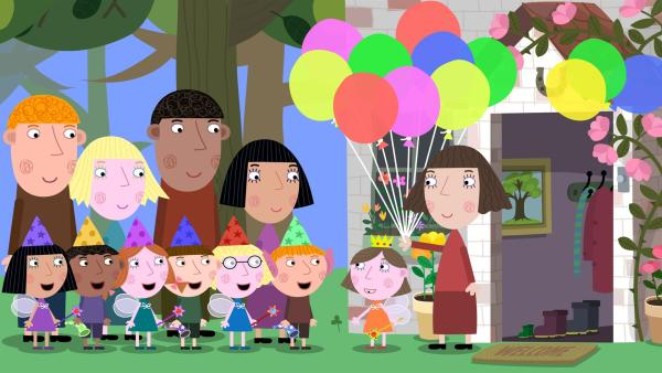 Lucy (2. von re.) hat zu ihrem Geburtstag all ihre Freunde eingeladen. | Rechte: ZDF/Astley Baker Davies Ltd/Rubber Duck Entertainment
