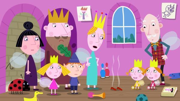 Die Zwillinge Daisy und Poppy haben ihre Lehrerin schon wieder weggezaubert.   Rechte: ZDF/Astley Baker Davies Ltd/Rubber Duck Entertainment
