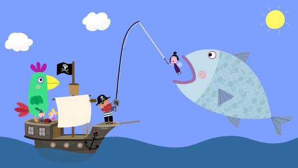 Nanny Plum ist in Gefahr. Pirat Rotbart kann sie in letzter Sekunde vor dem Fisch retten. | Rechte: ZDF/Astley Baker Davies Ltd/Rubber Duck Entertainment