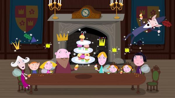 Auf der Zauberparty von Oma Aurikel gibt es natürlich auch verzauberten Feenkuchen. | Rechte: ZDF/Astley Baker Davies Ltd/Rubber Duck Entertainment