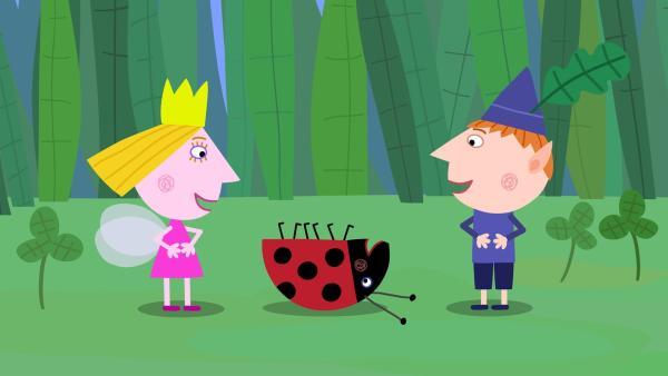 Gaston (Mi.) liebt es mit Ben und Holly zu spielen. | Rechte: ZDF/Astley Baker Davies Ltd/Rubber Duck Entertainment