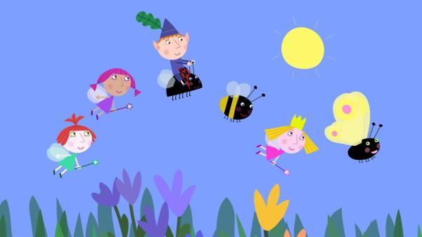 Als aus der Raupe ein Schmetterling geworden ist, können alle zusammen einen Ausflug machen. | Rechte: ZDF/Astley Baker Davies Ltd/Rubber Duck Entertainment