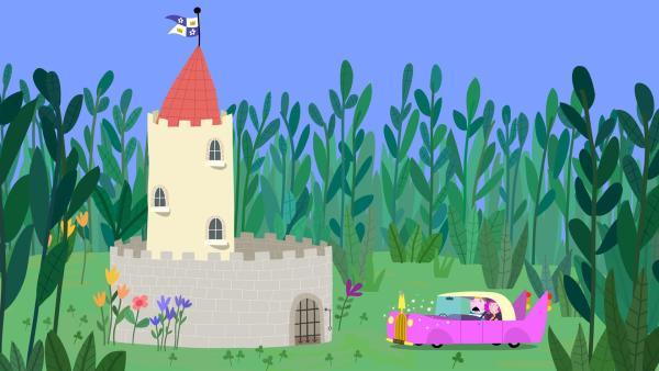 König und Königin Marigold nähern sich dem kleinen Schloss, um Hollys Familie zu besuchen. | Rechte: ZDF/Astley Baker Davies Ltd/Rubber Duck Entertainment
