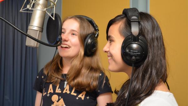 Malina und Rashad im Tonstudio | Rechte: ZDF