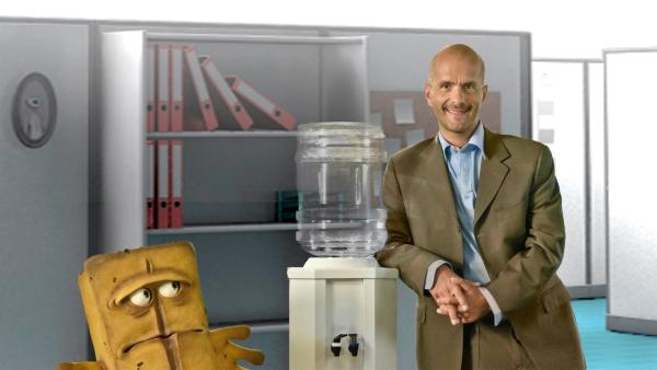 Wasserspender - mit Christoph Maria Herbst | Rechte: KI.KA/Hendrik Heiden