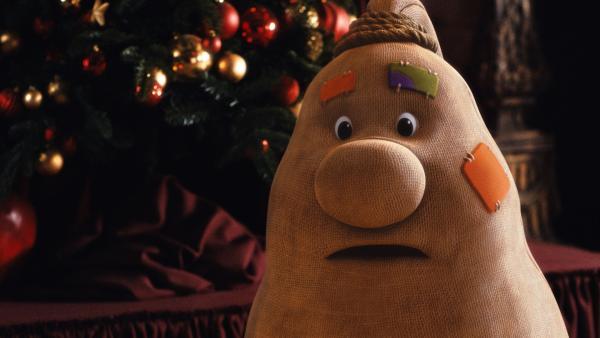 Beutolomäus wundert sich über den neuen Weihnachtsmann Ruprecht. | Rechte: KiKA/WunderWerk