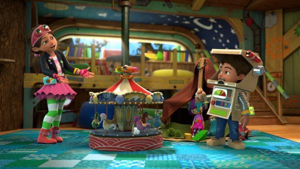 Bitz und Bob würden gerne selbst Karussell fahren. | Rechte: KiKA/BBC/Boat Rocker Rights Inc. MMXVIII