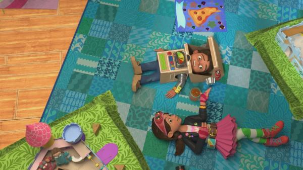 Bitz und Bob überlegen sich ein mjamtastisches Abenteuer. | Rechte: KiKA/BBC/Boat Rocker Rights Inc. MMXVIII