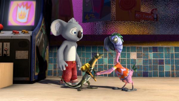 Pablo überreicht Blinky und seinem Freund Jacko den Lebensretter-Preis.   Rechte: KiKA/Studio 100 Media / Flying Bark