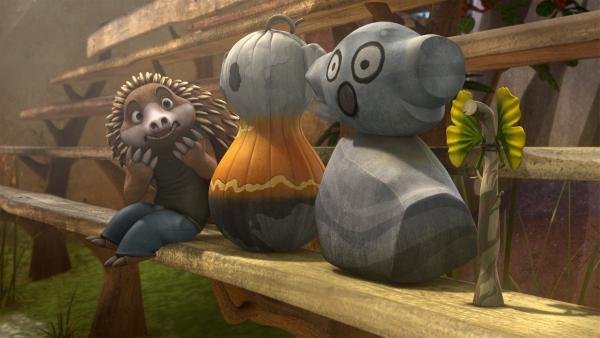 Blinky täuscht Cranky und ersetzt sich und seine Freunde durch witzige Attrappen.    Rechte: KiKA/Studio 100 Media / Flying Bark