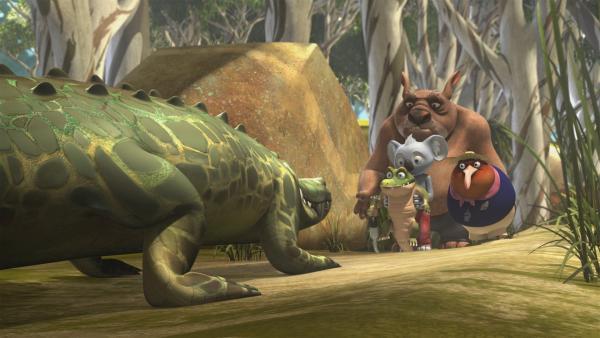 Blinky, Jacko, Wombo und Lehrerin Miss Tibbins werden von einer Krokodilmama bedroht. | Rechte: KiKA/Studio 100 Media/Flying Bark