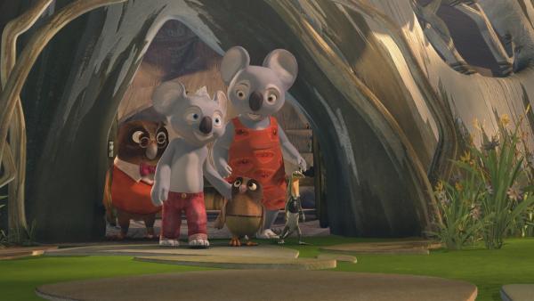 Nachdem Mrs. Bill die neuen Nachbarn Mr. Eule und seinen Sohn begrüßt hat, nehmen Blinky und Jacko Whoogle mit zur Schule.  | Rechte: KiKA/Studio 100 Media / Flying Bark